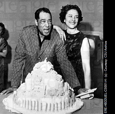 Duke Ellington and Beatrice Evie with cake